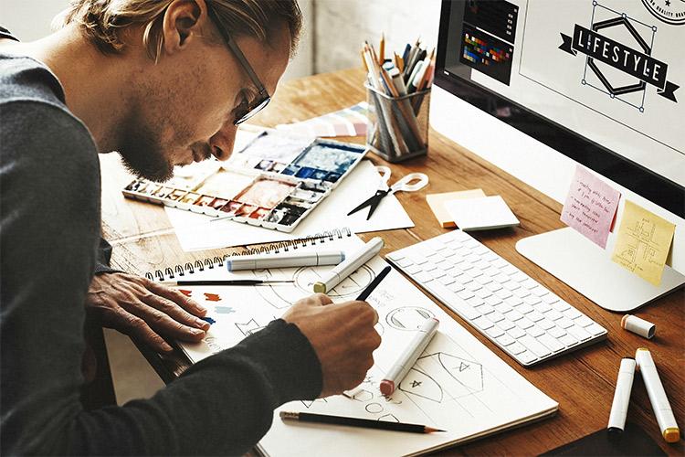 طراحی حرفه ای سایت  طراح حرفه ای سایت چه ویژگی هایی دارد؟